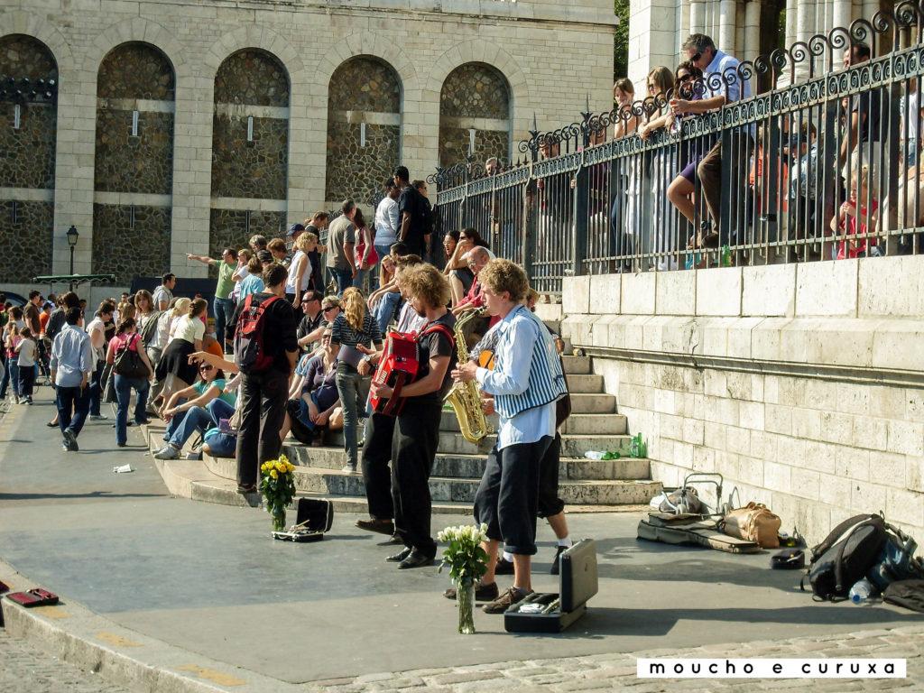 Músicos en Sacre-Coeur